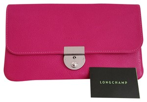 Longchamp NWOT Auth Longchamp Travel Wallet