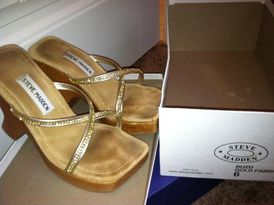 Steve Madden Tan Rhinestones Open Toe Summer Summer gold Wedges