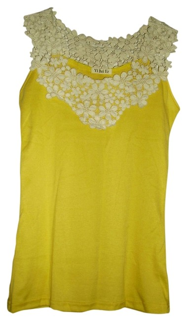 Preload https://item1.tradesy.com/images/yellowoff-white-new-lacy-tank-topcami-size-10-m-544260-0-0.jpg?width=400&height=650