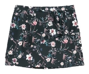 Zara Mini Ruffle Neoprene Mini Skirt Black Floral