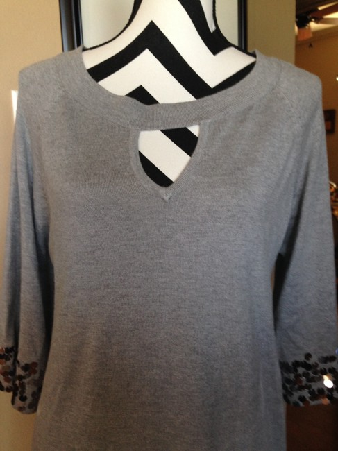 Aubergene Size Large Sweater