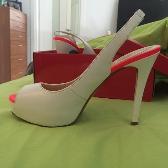 Guess White Pumps