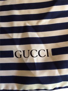 Gucci Gucci Scarf Navy and White with floral print