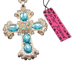 Betsey Johnson NWT Betsey Johnson Blue Crystal Cross Pendant Necklace