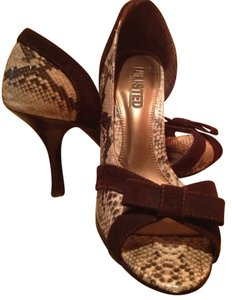 Unlisted by Kenneth Cole 10 Snake Skin Brown Velvet Heel Pumps