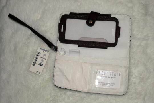 Aéropostale Wristlet in Black and White Whatever