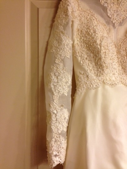 Ivory Vintage Wedding Dress Size 4 (S)