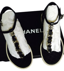Chanel Size 37 Leather Chain Black Sandals