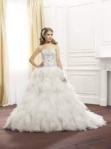 Val Stefani D8074 Wedding Dress