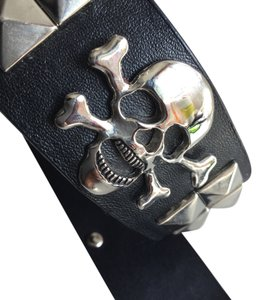 Chrome Skulls Bones and Studs * Black Leather Belt