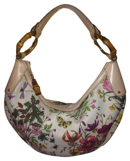 Preload https://item5.tradesy.com/images/gucci-with-bamboo-ring-floral-flora-canvas-and-leather-hobo-bag-5451019-0-0.jpg?width=440&height=440