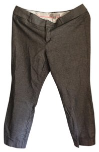 Banana Republic Capri/Cropped Pants Grey