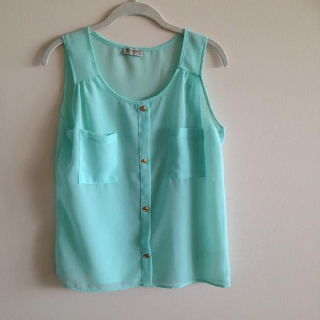 Preload https://img-static.tradesy.com/item/545224/seafoam-green-mint-short-casual-dress-size-4-s-0-0-650-650.jpg