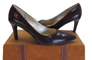 Other Excellent Condition Size 8.00 M Dark Burgundy Pumps