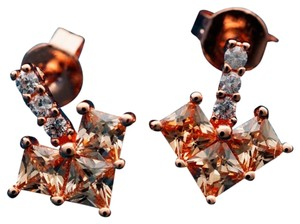 Other Whtie Saphire 9k Rose Gold Studded earrings