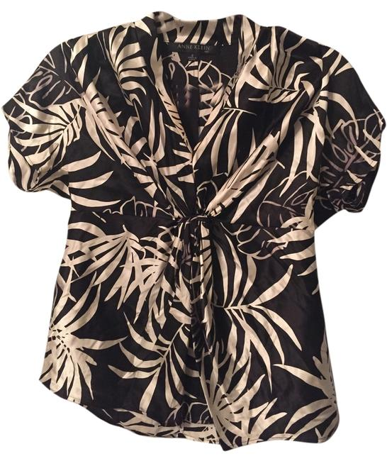 Preload https://item1.tradesy.com/images/anne-klein-black-and-white-professional-tropical-blouse-size-2-xs-5456305-0-0.jpg?width=400&height=650