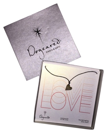 Preload https://item4.tradesy.com/images/dogeared-silver-love-necklace-5456878-0-0.jpg?width=440&height=440