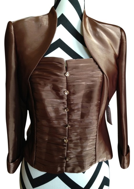 Preload https://item4.tradesy.com/images/jr-nites-copper-night-out-top-size-petite-12-l-5457283-0-0.jpg?width=400&height=650