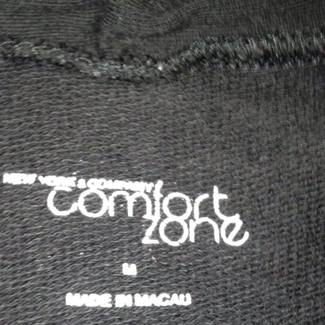 Preload https://img-static.tradesy.com/item/546007/new-york-and-company-black-comfort-zone-activewear-top-size-10-m-31-0-0-650-650.jpg