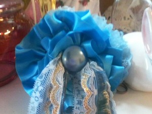 Cate BRAND NEW! 'Grandma's Sewing Basket Silk Liner' HairBow W/Vintage Center!