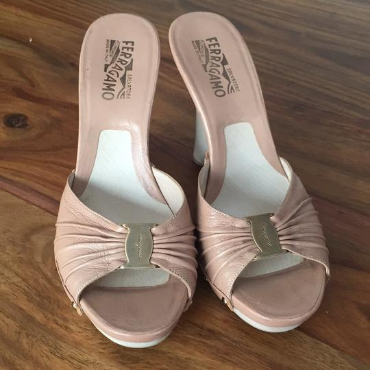 Salvatore Ferragamo Nude Wedges