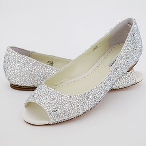 Benjamin Adams Ivory/Crystal Halle Formal Size US 10 Regular (M, B)