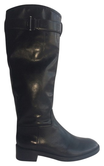 Preload https://item3.tradesy.com/images/tory-burch-black-bootsbooties-size-us-75-regular-m-b-5464612-0-0.jpg?width=440&height=440