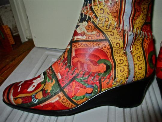 Icon Vintage Printed Leather Faux Fur Like New Wedge multi color Boots