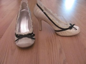 Nina Shoes White Pumps