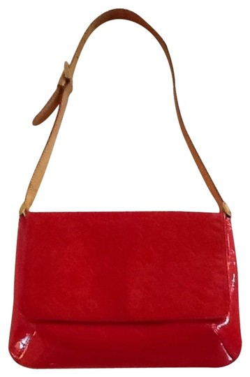 Preload https://item4.tradesy.com/images/louis-vuitton-red-shoulder-bag-546648-0-1.jpg?width=440&height=440