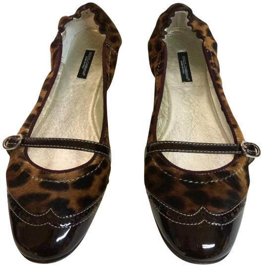 Preload https://img-static.tradesy.com/item/546709/dolce-and-gabbana-brown-dolce-and-gabbana-leopard-flats-size-us-10-regular-m-b-0-2-540-540.jpg