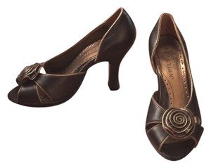 Kenneth Cole Reaction Peep-toe Chocolate Brown and Gold Pumps