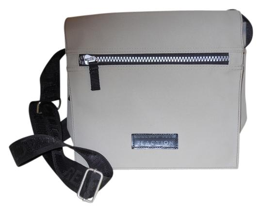 Preload https://item4.tradesy.com/images/kenneth-cole-reaction-cross-body-grey-and-black-unknown-messenger-bag-5469163-0-0.jpg?width=440&height=440