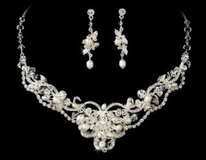 Elegance by Carbonneau Silver/Silver Freshwater Pearl and Crystal Jewelry Set