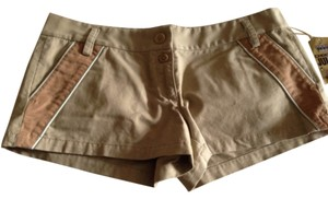 Juicy Couture Mini/Short Shorts Tan