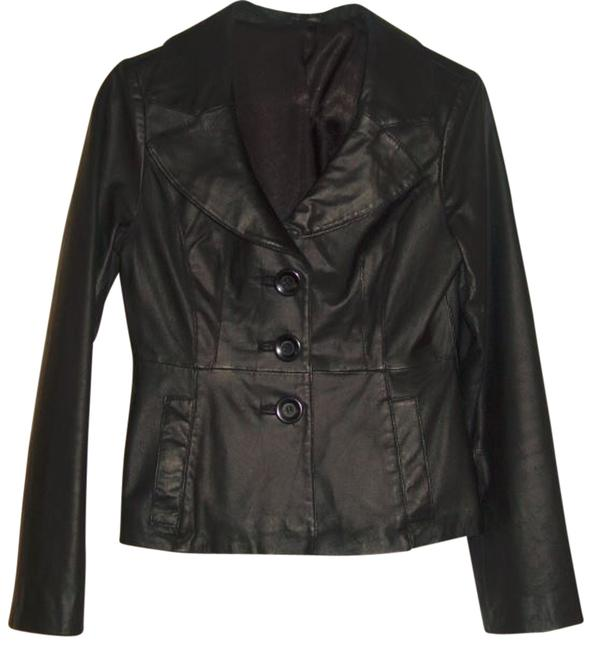 Preload https://item5.tradesy.com/images/guess-black-leather-jacket-size-8-m-546969-0-0.jpg?width=400&height=650