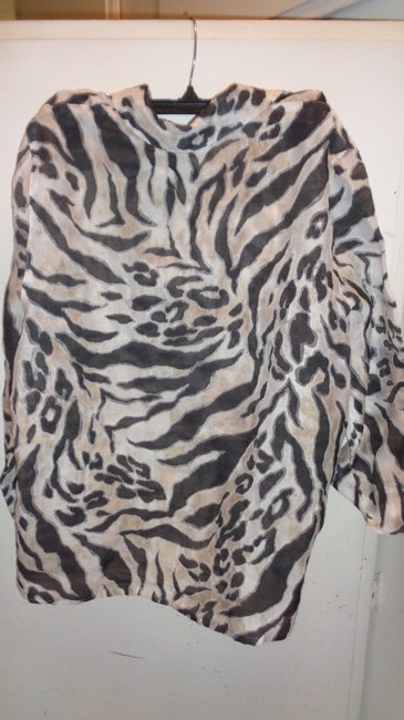 Alfred Dunner Button Down Shirt white with black gray and tan
