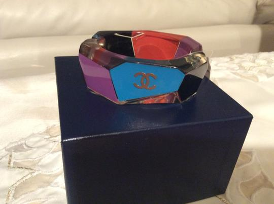 Chanel CHANEL RARE '07A MULTI COLOR LUCITE BANGLE BRACELET with TAG