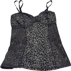 Aritzia Top Black and grey