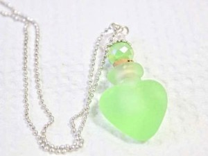 Green Frosted Perfume Bottle Necklace Free Shipping