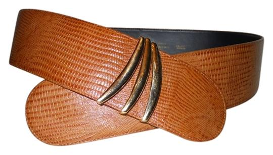 Preload https://img-static.tradesy.com/item/547258/liz-claiborne-tan-leather-belt-0-0-540-540.jpg