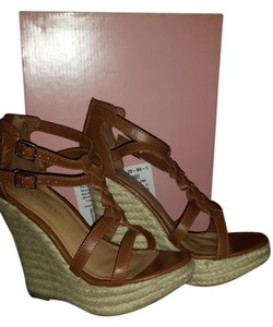 Wild Diva brown Pumps