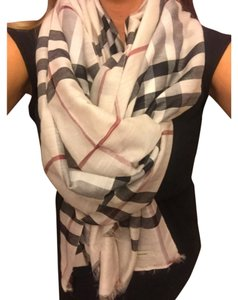 Burberry Burberry Giant Check Silk Scarf