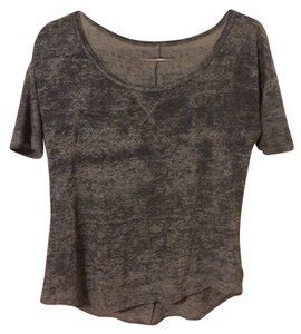 0f75092105fd1a Hollister Tee Shirts - Up to 70% off a Tradesy (Page 2)