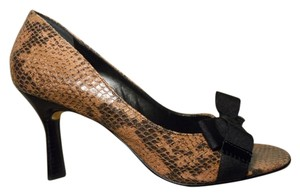 Antonio Melani Leather mauve & black snakeskin print Pumps