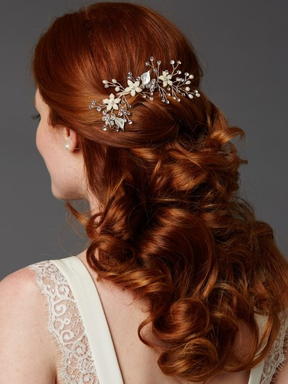 Soft Ivory Best Selling Comb with Hand Painted Leaves Freshwater Pearls and Crystals Sprays Hair Accessory