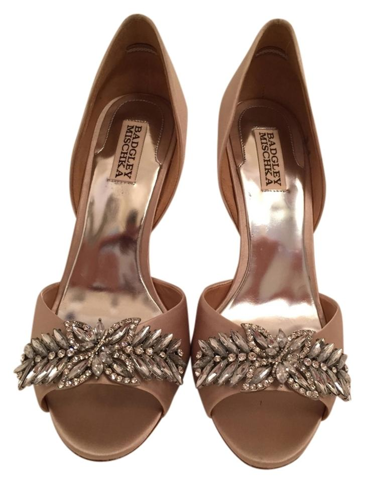 Badgley Mischka Taupe D'orsay Nikki D'orsay Taupe Satin Pumps 0f2f4f