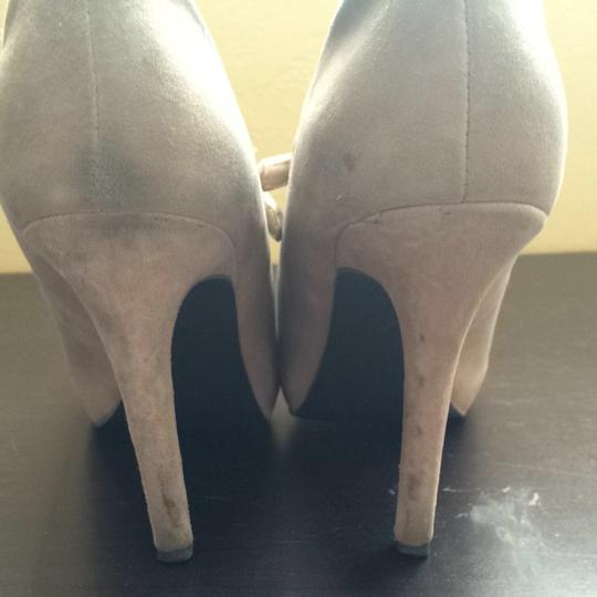 Guess Taupe Suede Pumps