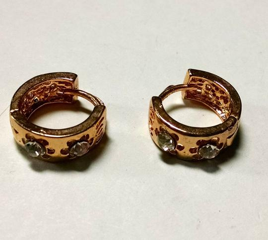Other New 14K Gold Filled Small Hoop Earrings Cubic Zirconia J1227