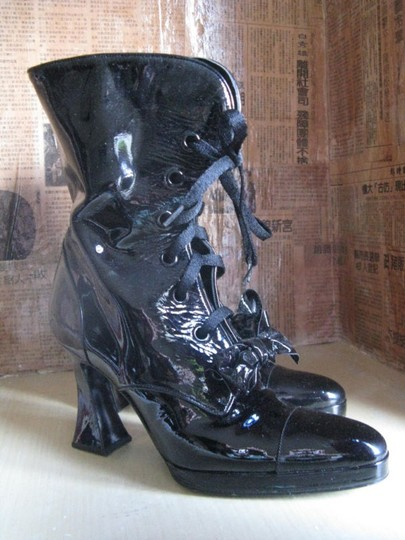 Chanel Vintage Patent Leather Bow Designer Couture Black Boots